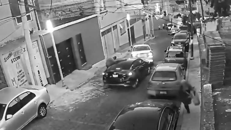 Car Blocked In Robbery That Repeats Daily On Same Street