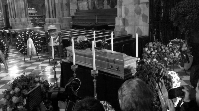 Droves Await Schwarzenegger Speech At Niki Lauda Funeral