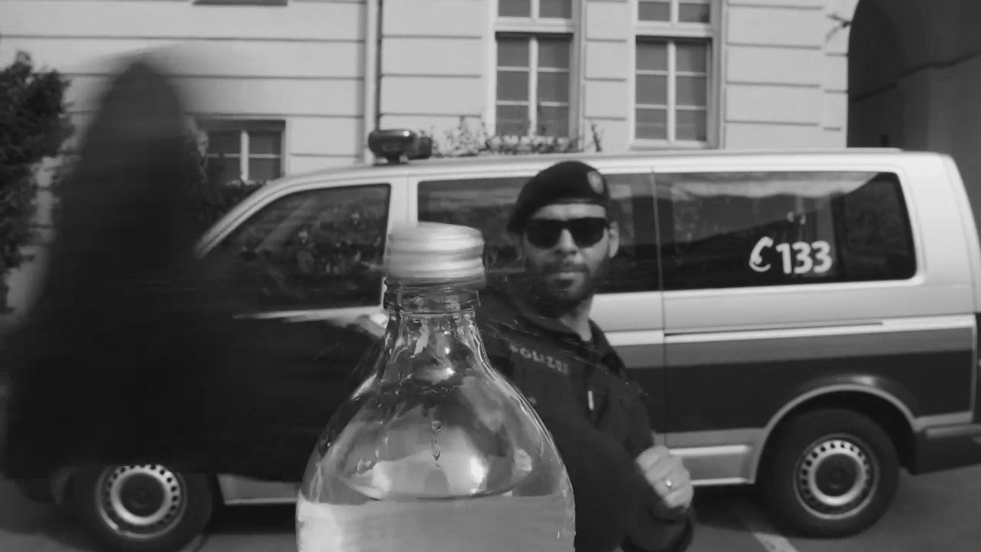 Bottle Cap Challenge Cop Says Brit Actor Inspired Him