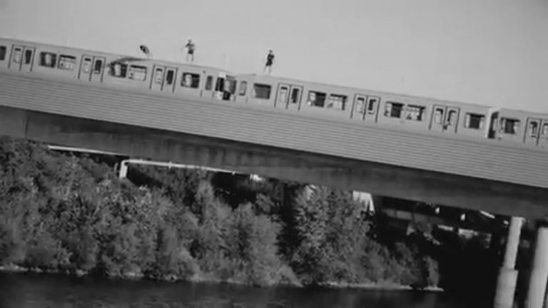 Men Jump From moving Train Into Danube