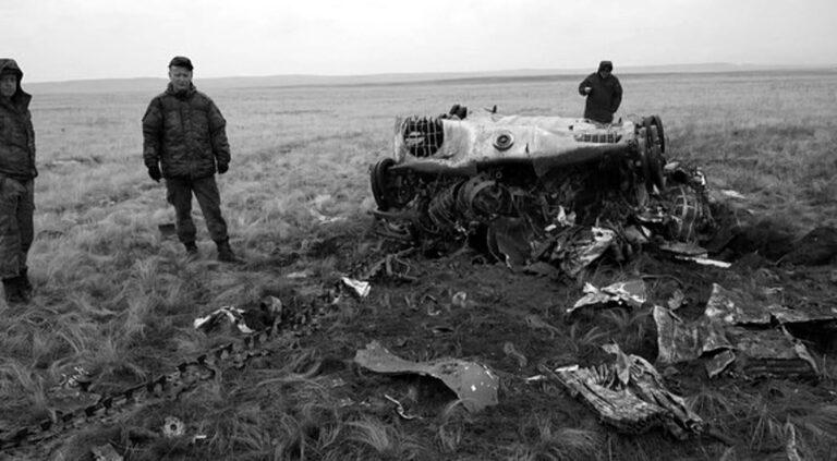 Russian Army Vehicles Crash To Ground As Chutes Fail