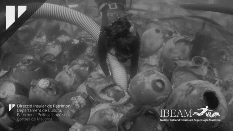 100 Ancient Roman Jugs Found In Majorca Shipwreck